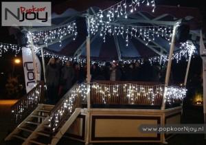popkoor-njoy-breda-2016-12-23-optreden-voor-serious-request-1
