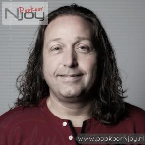 popkoor-njoy-breda-dirigent-huub-lommers